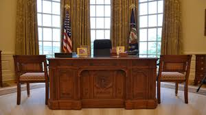 oval office resolute desk. a reproduction of the resolute desk in oval office at george w bush