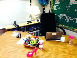 teacher desk decor best no ideas on s the for small renovation decorating teacher desk decor