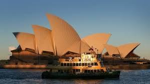australia keeps borders shut to