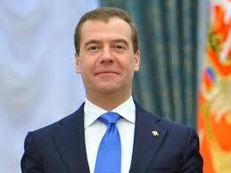 Медведев разоблачил фальшивые диссертации Политика МК Медведев разоблачил фальшивые диссертации