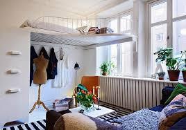 White, medium-sized bunk bed
