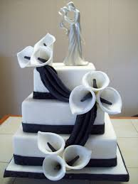 42 gorgeous black and white wedding cakes weddingomania