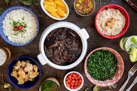 Bares com feijoada: listamos 5 casas que servem esse prato típico | VEJA RIO