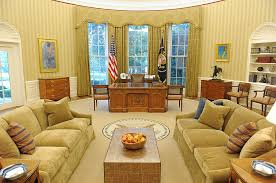 oval office wallpaper. Pictures In The News | Aug. 31, 2010 - Framework Photos And Video Visual Storytelling From Los Angeles Times Oval Office Wallpaper