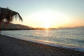 Αποτέλεσμα εικόνας για παραλία ελαιώνος αιγιο