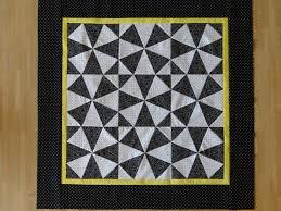 lap quilt | Lynne Pusscat - Quilting Junkie & DSC08294 Adamdwight.com