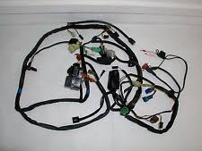suzuki bandit s wires electrical cabling bandit gsf 1200s wire harness fuse box all relays 2001 suzuki good connectors