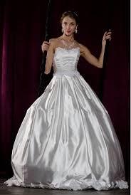 Фотогалерея Современной школы дизайна Дипломная работа Астаховой Натальи Дизайнерская коллекция свадебных платьев Белые птицы