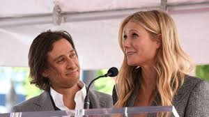 Born gwyneth kate paltrow on 27th september, 1972 in los angeles, ca and educated at crossroads school, santa monica, california (dropped out). Gwyneth Paltrow Says Ex Chris Martin Joined Her For Maldives Honeymoon With Brad Falchuk Ents Arts News Sky News