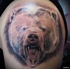 тату медведь показал оскал мужская татуировка на плече Tatufotocom