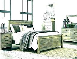 Rustic White Bedroom Furniture Distressed Painted Bedroom Furniture ...