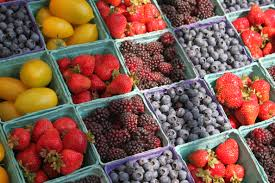 natural fresh marketplace ping colorful agriculture lifestyle healthy public space farmers market grocery stand happy berries display