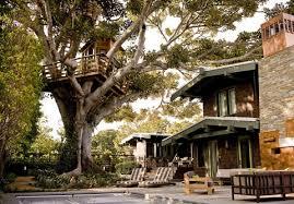 Luxurious tree house Resort Charles Hudson Luxury Treehouse Designs