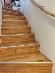 Treppenstufen mit passendem holz belegen. Betontreppe Mit Parkett Belegt Treppenrenovierung Treppenverkleidung