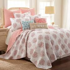 Buy Coral Quilt Bedding from Bed Bath & Beyond & Coral Breeze Reversible Full/Queen Quilt in Coral Adamdwight.com