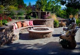 Year-round Ideas for Outdoor Fireplaces and Fire Pits | Outdoor living,  Wall bench and Backyard