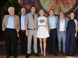 the hunger games mockingjay part 2 cast