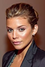 work makeup tip do master the pretty faux glow makeup look