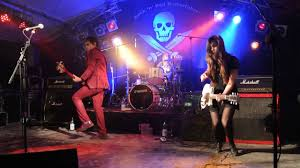 Duncan Reid (the Boys) and the Big Heads Sophie K. Powers Brickfield Nights  Rock'n Roll Butterfahrt - YouTube