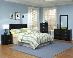Bedroom:Oriental Bedroom With Dark Wood Cork Flooring And Polka Dots  Pillows Elegant Bedroom Set