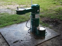 outdoor dog water drinking fountain designs