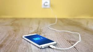 Easy ways to extend lifespan of your phone battery...