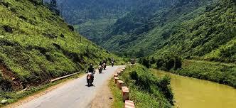 motorcycle tour,motorbike tour