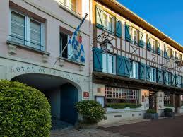138 Vrais Commentaires sur : Hôtel La Licorne & Spa | Booking.com
