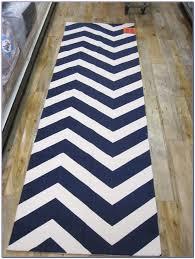 grey chevron runner rug