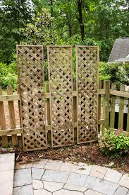 3-hung-lattice-privacy-screens