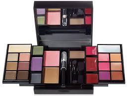 best makeup palettes for travel