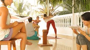 200 hours yoga teacher courses in india