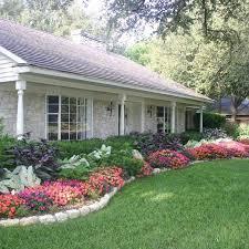 Best 20 Front Flower Beds Ideas On Pinterest Flower Beds Front in Front  Flower Bed Landscaping Ideas