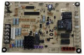 york s1 33102956000 hot surface ignition control board kit york s1 33102956000 hot surface ignition single stage control board kit replaced s1 3310301000