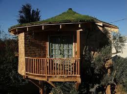 treehouse masters irish cottage.  Cottage Luck Ou0026039 The Irish Cottage For Treehouse Masters U