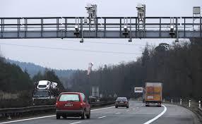 Schváleno! Od roku 2021 budeme používat elektronické dálniční známky!    auto.cz