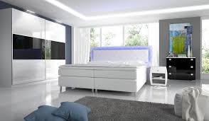 Schlafzimmer Novabox In Hochglanz Mit Boxspringbett