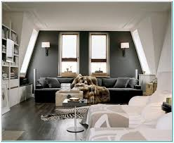 what color couch goes with grey walls