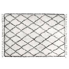 Diamond Pattern Rug Simple Diamond Pattern Woollen Rug