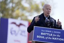 Trump and Biden campaign in the Midwest; Harris hits Texas - Los Angeles  Times