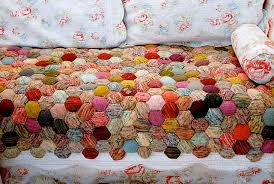 Ravelry: the beekeeper's quilt pattern by tiny owl knits &  Adamdwight.com