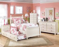 Little Girl Bedroom Furniture
