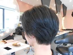 軽やかなショートスタイル 40代50代60代髪型表参道フリーランス美容師