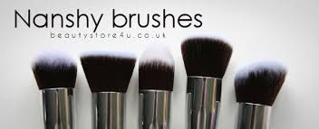good makeup brush brands. great make-up brushes are always a good investment. if you treat them with care they will last lifetime! can also make huge difference to your makeup brush brands h