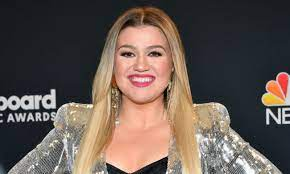 Kelly Clarkson Requests Judge Legally ...