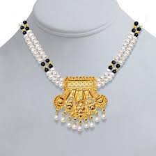 traditional delight pendants necklace