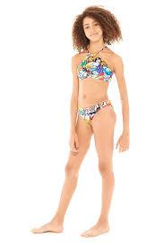 Images of girls in bikini
