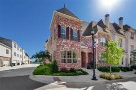 townhomes in downtown frisco