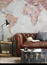 4 decorate with old maps