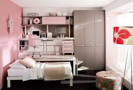 Space Efficient Teenage Girls Bedroom .